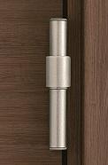 ドア本体を閉じた状態の丁番の画像
