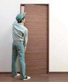 引込み戸枠施工後に吊り込む安心設計画像